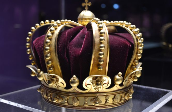 Prover12:4 crown to her husband